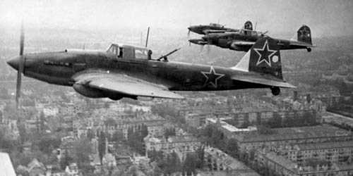 A feast for the soviet propaganda: Sturmoviks over Berlin