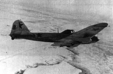 A single-seat Il-2 turning to the left