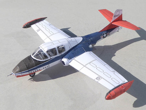 The Ilyushin cessna407 Sturmovik as a Stahlhart papercraft in its single-seater version
