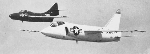 The F11F-prototype with an F9F Cougar